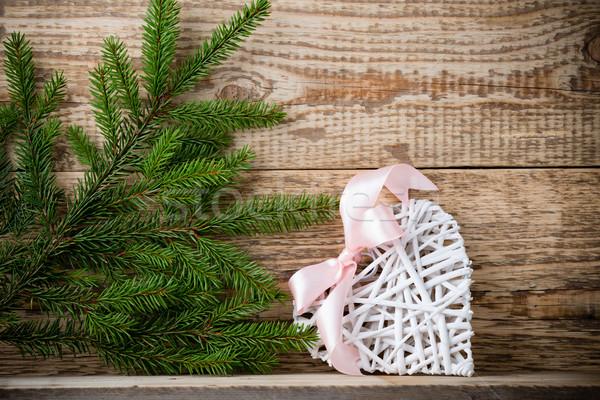 Enfeitar ramo branco coração Foto stock © gitusik