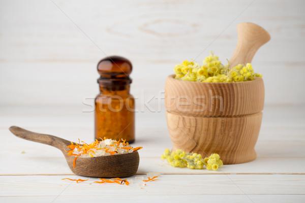 Homeopathische geneeskunde gedroogd planten kruidenthee Stockfoto © gitusik