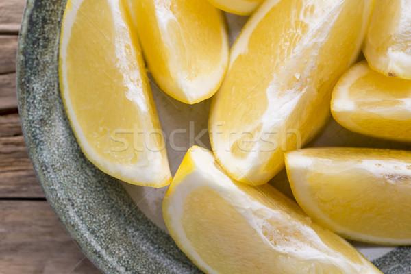 Sarı greyfurt dilim plaka çapraz meyve Stok fotoğraf © gitusik