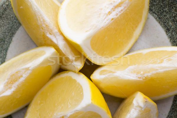 Citromsárga grapefruit szelet tányér kereszt gyümölcs Stock fotó © gitusik