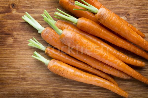 Fresche carote legno alimentare foglia arancione Foto d'archivio © gitusik