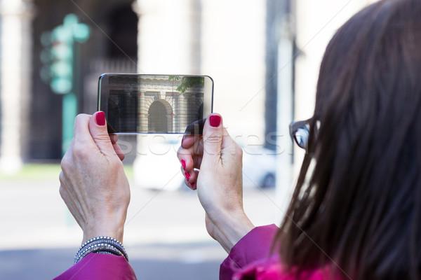 Mulher cidade fotos transparente telefone Foto stock © Giulio_Fornasar