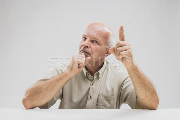 Starszy palec wymagający uwaga Zdjęcia stock © Giulio_Fornasar