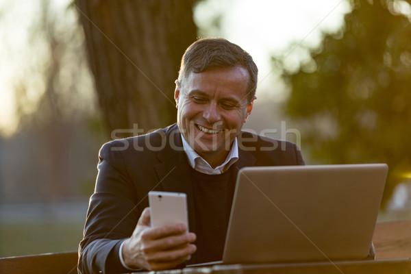 Gelukkig zakenman senior zakenman werken Stockfoto © Giulio_Fornasar