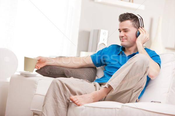 Uomo ascoltare musica tempo Foto d'archivio © Giulio_Fornasar