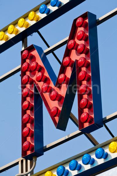 Levél cirkusz neonreklám klasszikus elektromos felirat Stock fotó © Giulio_Fornasar