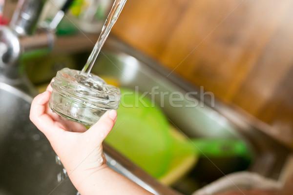 Stockfoto: Weinig · hand · verzamelen · water · keuken · baby