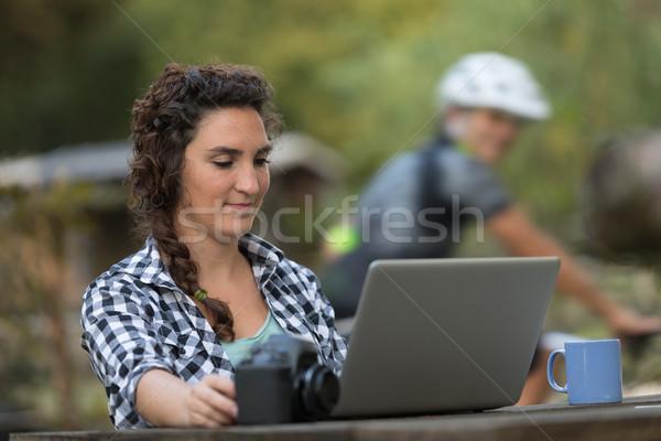 若い女性 現代 カメラマン 女性 屋外 デジタル ストックフォト © Giulio_Fornasar
