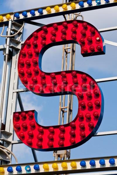 Mektup sirk neon klasik elektrik imzalamak Stok fotoğraf © Giulio_Fornasar