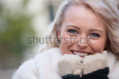 Hermosa cara frío invierno ojos mujer Foto stock © Giulio_Fornasar