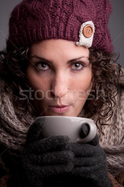 Mulher bebida quente quente roupa como Foto stock © Giulio_Fornasar