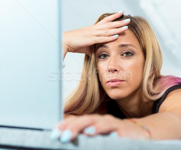 Werk slaap moe vrouw hand voorhoofd Stockfoto © Giulio_Fornasar