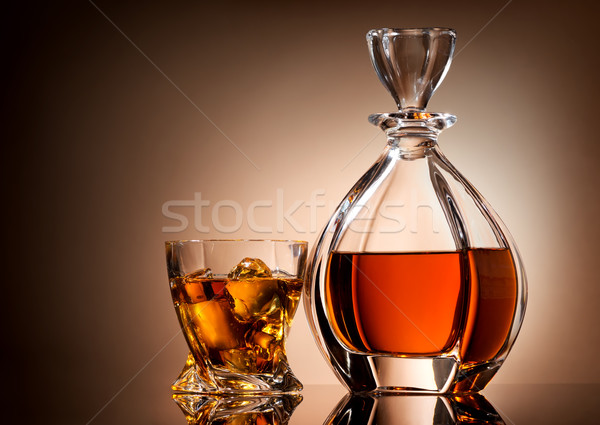 Gouden whiskey glas bruin business ijs Stockfoto © Givaga