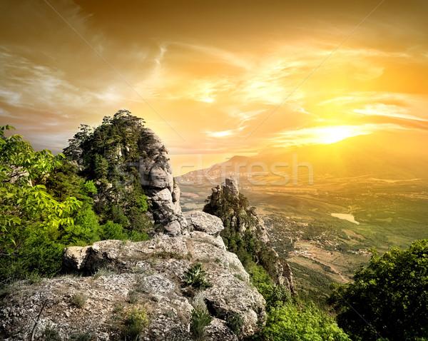 ストックフォト: 谷 · 幽霊 · 山 · 空 · 雲 · 風景