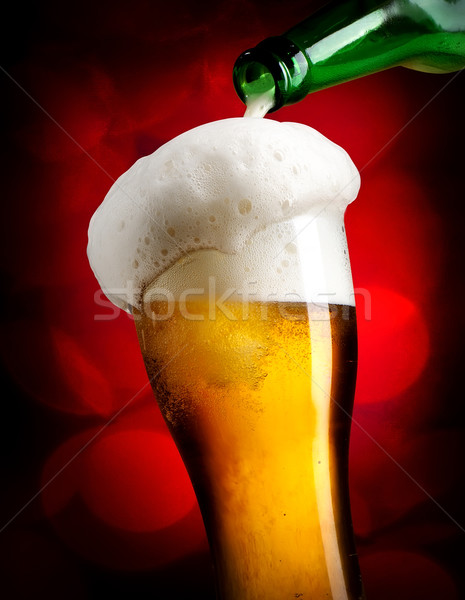 Foto stock: Cerveja · vermelho · garrafa · vidro · luz
