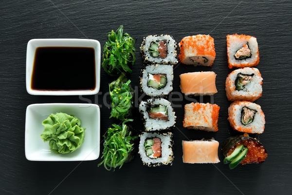 Foto d'archivio: Sushi · set · wasabi · salsa · di · soia · alimentare