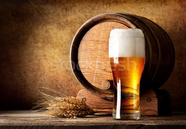 Legno barile birra grano tavolo in legno luce Foto d'archivio © Givaga