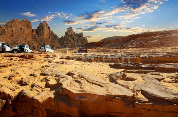 Utazás egyiptomi sivatag autók nyár égbolt Stock fotó © Givaga