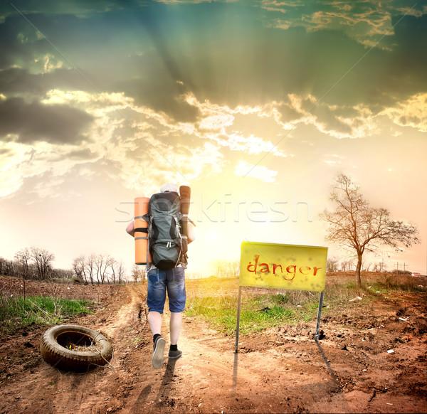 Turystycznych ograniczony niebo Zdjęcia stock © Givaga