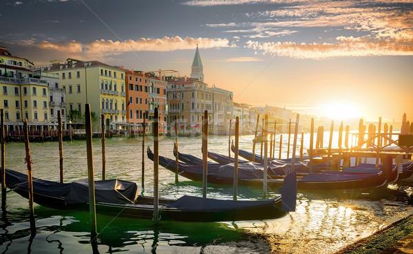 Arquitetura Veneza pôr do sol Itália edifício ponte Foto stock © Givaga