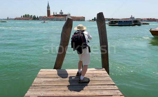 Turist fotoğraf su Bina doğa Stok fotoğraf © Givaga