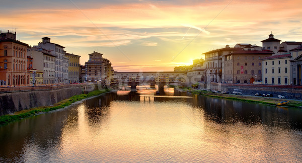 Stok fotoğraf: Gündoğumu · nehir · Floransa · İtalya · bulutlar · şehir