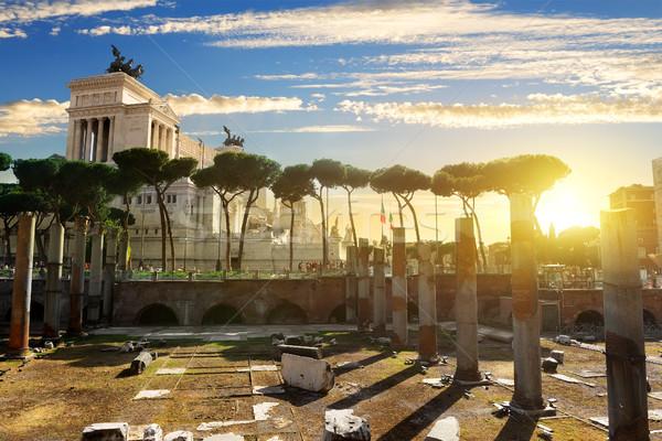 フォーラム ローマ 日没 イタリア 市 太陽 ストックフォト © Givaga