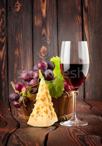 Сток-фото: рюмку · сыра · корзины · вино · фрукты