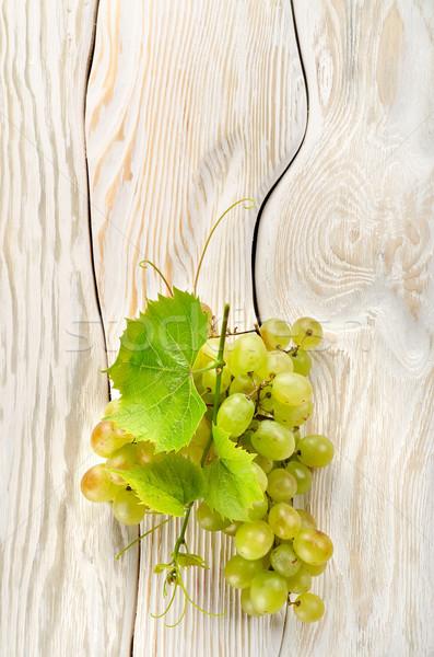 緑色のブドウ 表 白 木製 緑 ボード ストックフォト © Givaga