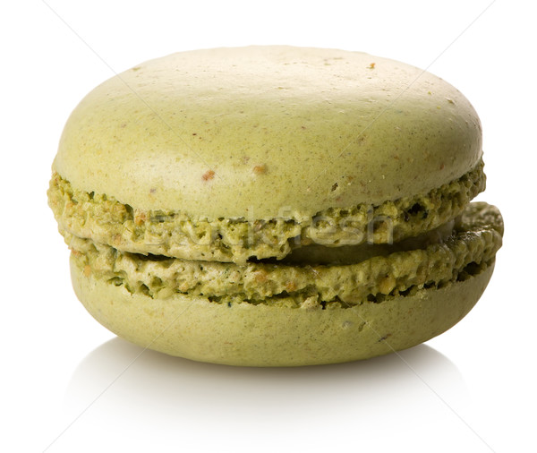 Pistache macaron isolé blanche alimentaire dessert Photo stock © Givaga