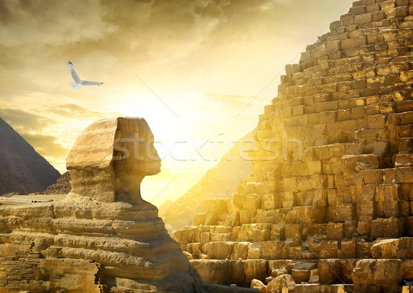 Great sphinx and pyramids Stock photo © Givaga