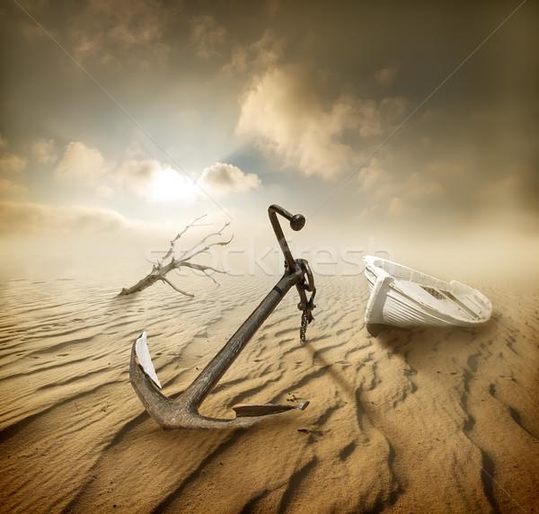 Barco desierto ancla secar árbol playa Foto stock © Givaga