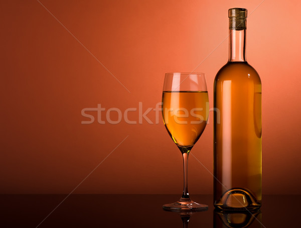 Witte wijn bruin fles glas voedsel achtergrond Stockfoto © Givaga