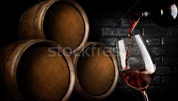 Vino legno bicchiere di vino cantina muro Foto d'archivio © Givaga