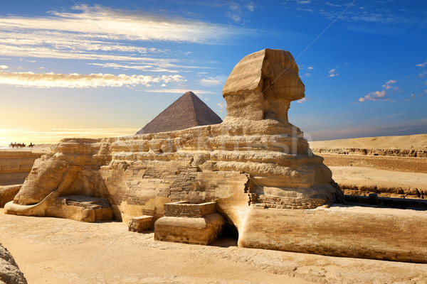 Famous egyptian sphinx Stock photo © Givaga