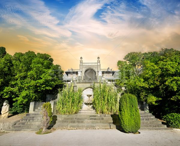 Scale palazzo bella verde giardino cielo Foto d'archivio © Givaga