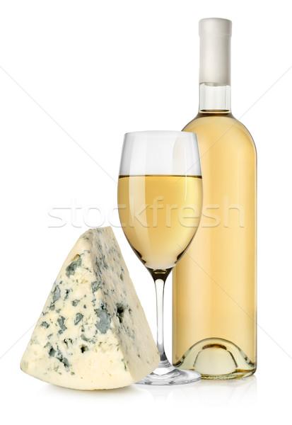 Bottiglia di vino formaggio tipo gorgonzola vino bianco isolato bianco alimentare Foto d'archivio © Givaga