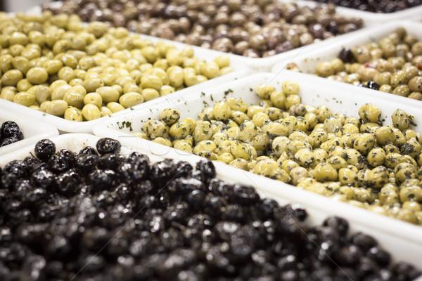 Yeşil siyah zeytin pazar gıda meyve yağ Stok fotoğraf © glorcza