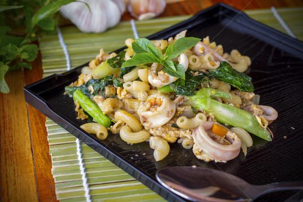 Frito macarrão comida macarrão asiático Foto stock © Gloszilla