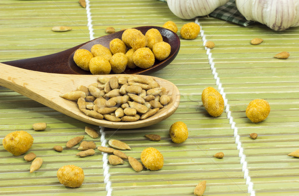 Girassol sementes nozes colher comida fundo Foto stock © Gloszilla