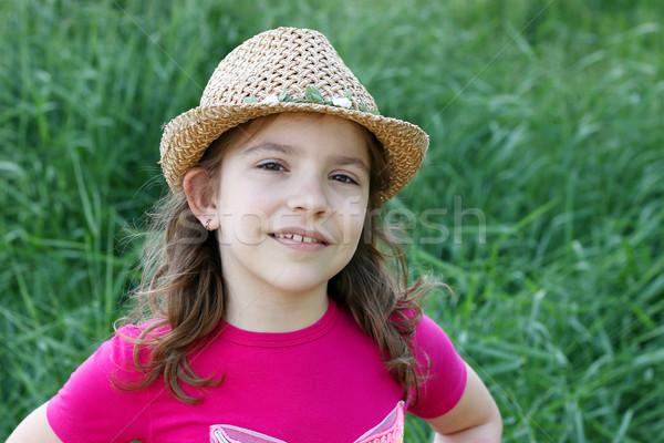 девочку соломенной шляпе портрет девушки лице трава Сток-фото © goce