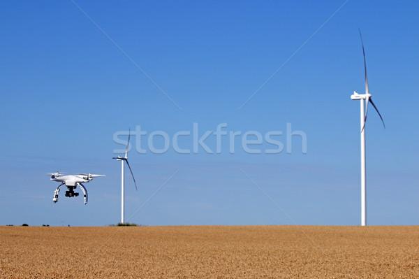 Repülés búzamező égbolt modell mező rádió Stock fotó © goce