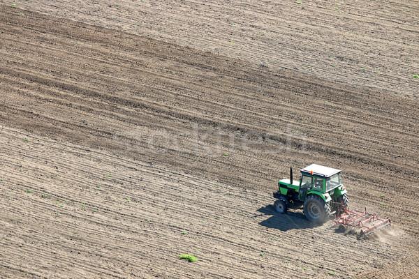 Zugmaschine Bereich Luftbild Landschaft Bauernhof Maschine Stock foto © goce