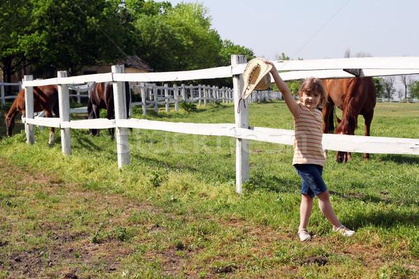 счастливым девочку ранчо девушки области фермы Сток-фото © goce