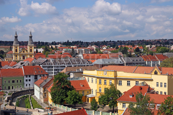 öreg épületek házak templom Magyarország városkép Stock fotó © goce
