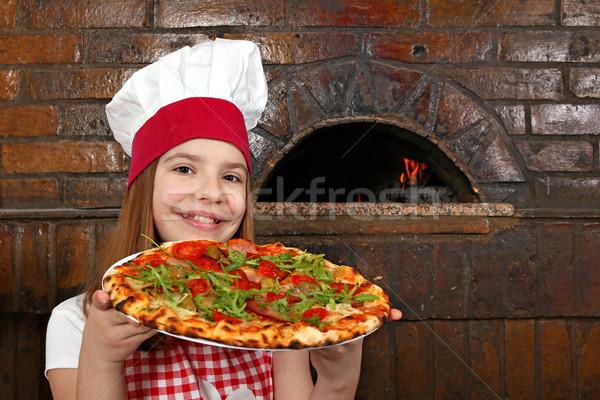 Stok fotoğraf: Küçük · kız · pişirmek · pizza · pizzacı · mutlu · çocuk