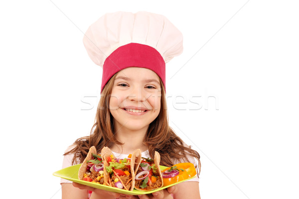 Feliz little girl cozinhar tacos fast-food prato Foto stock © goce