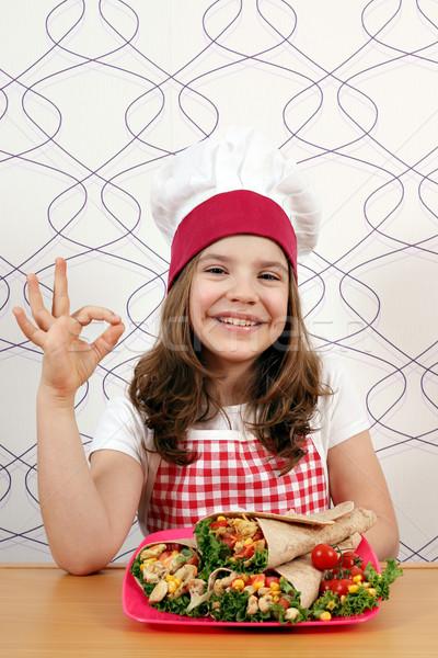 Gelukkig meisje kok handteken meisje Stockfoto © goce