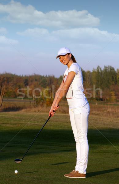 Menina feliz jogador de golfe pronto tiro mulher golfe Foto stock © goce