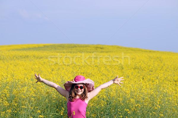 Boldog kislány citromsárga mező nyár évszak Stock fotó © goce